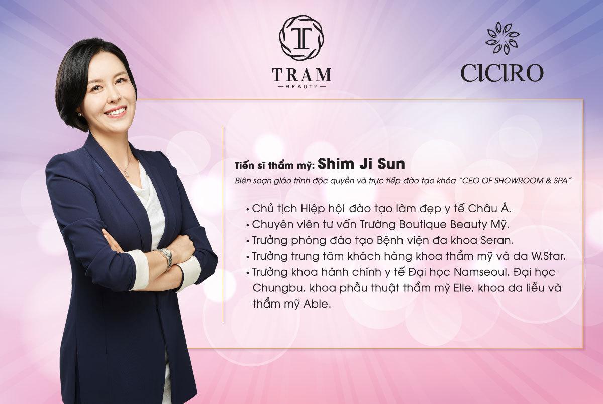 giang vien Shim Ji Sun